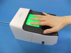 Особенности идентификации личности человека по отпечаткам пальцев